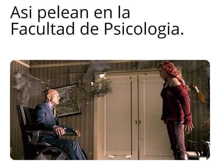 Así pelean en la Facultad de Psicología.