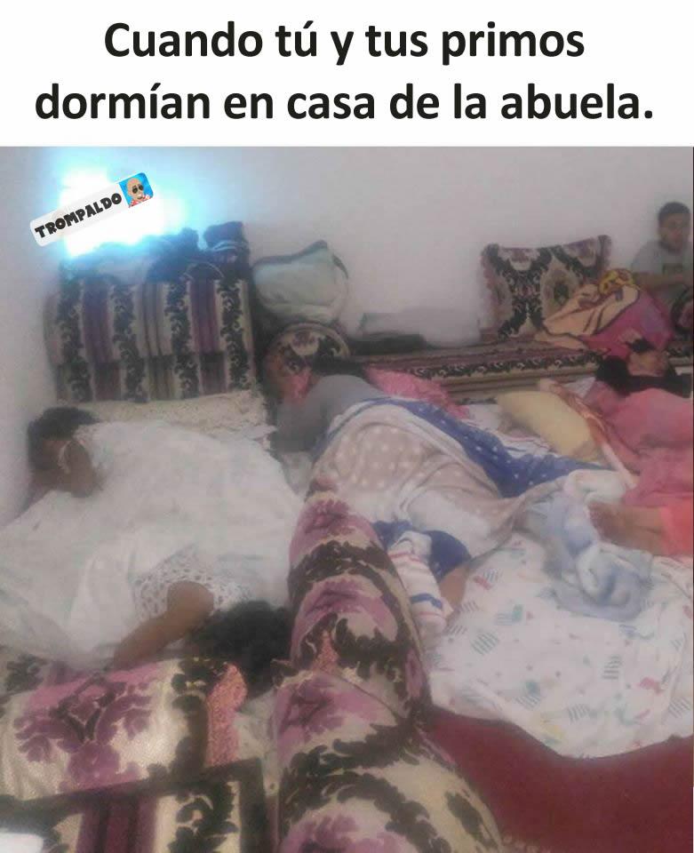 Cuando tú y tus primos dormían en casa de la abuela.