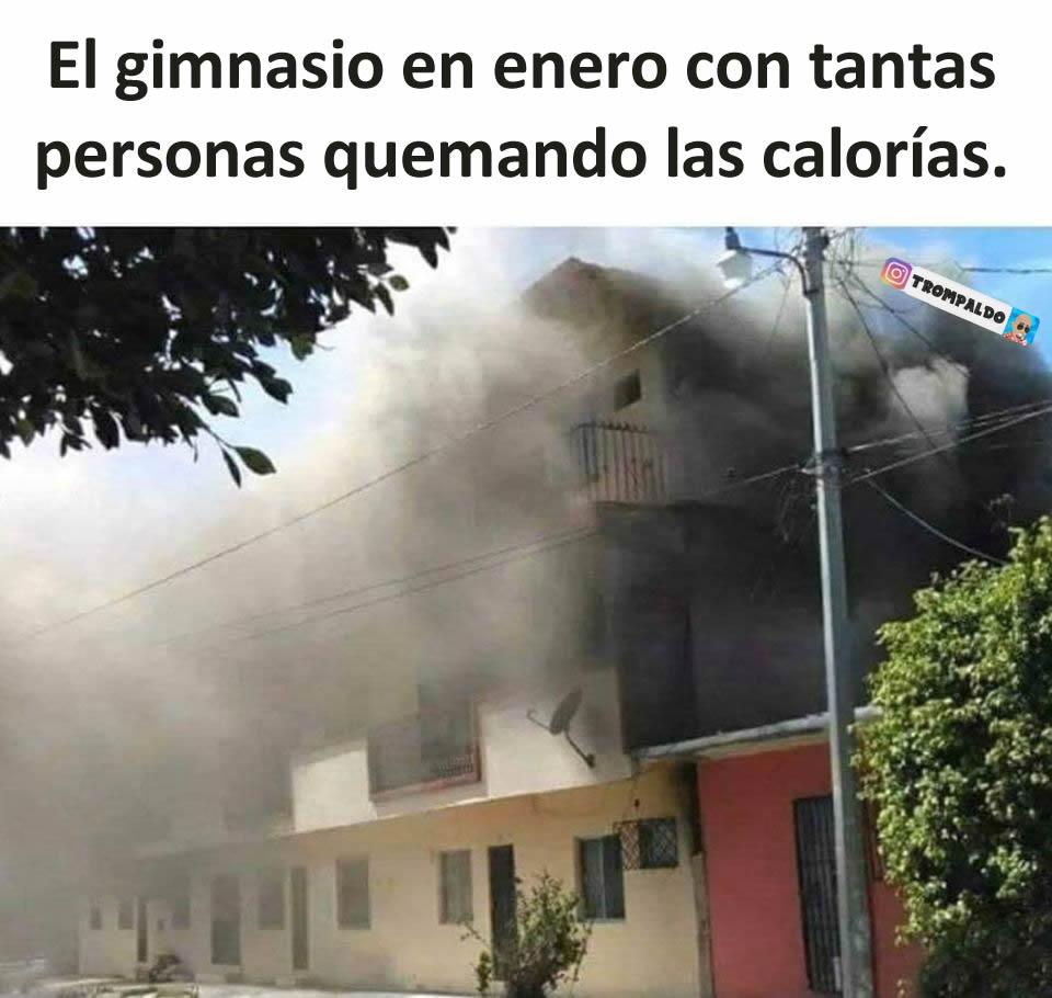 El gimnasio en enero con tantas personas quemando las calorías.