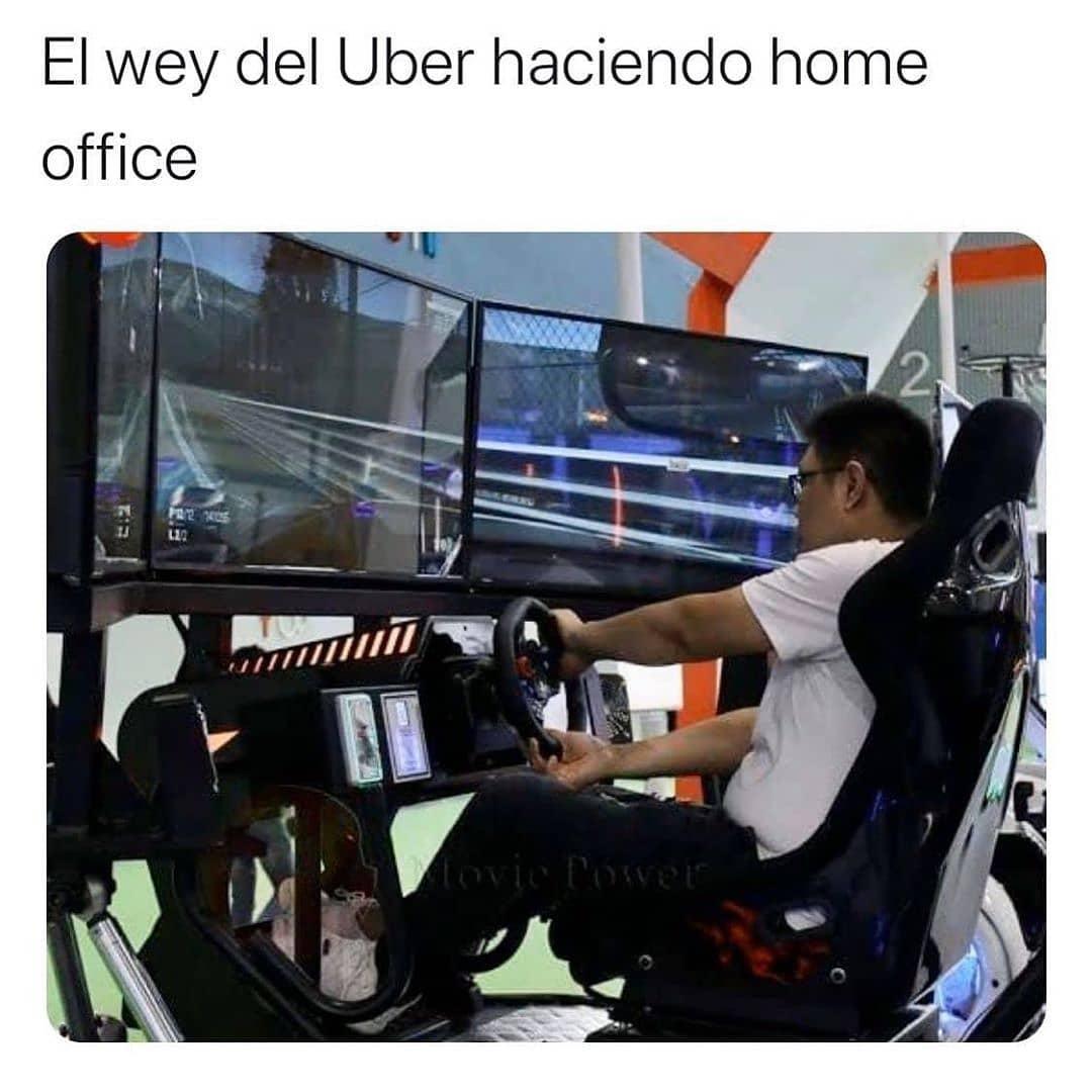 El wey del Uber haciendo home office.