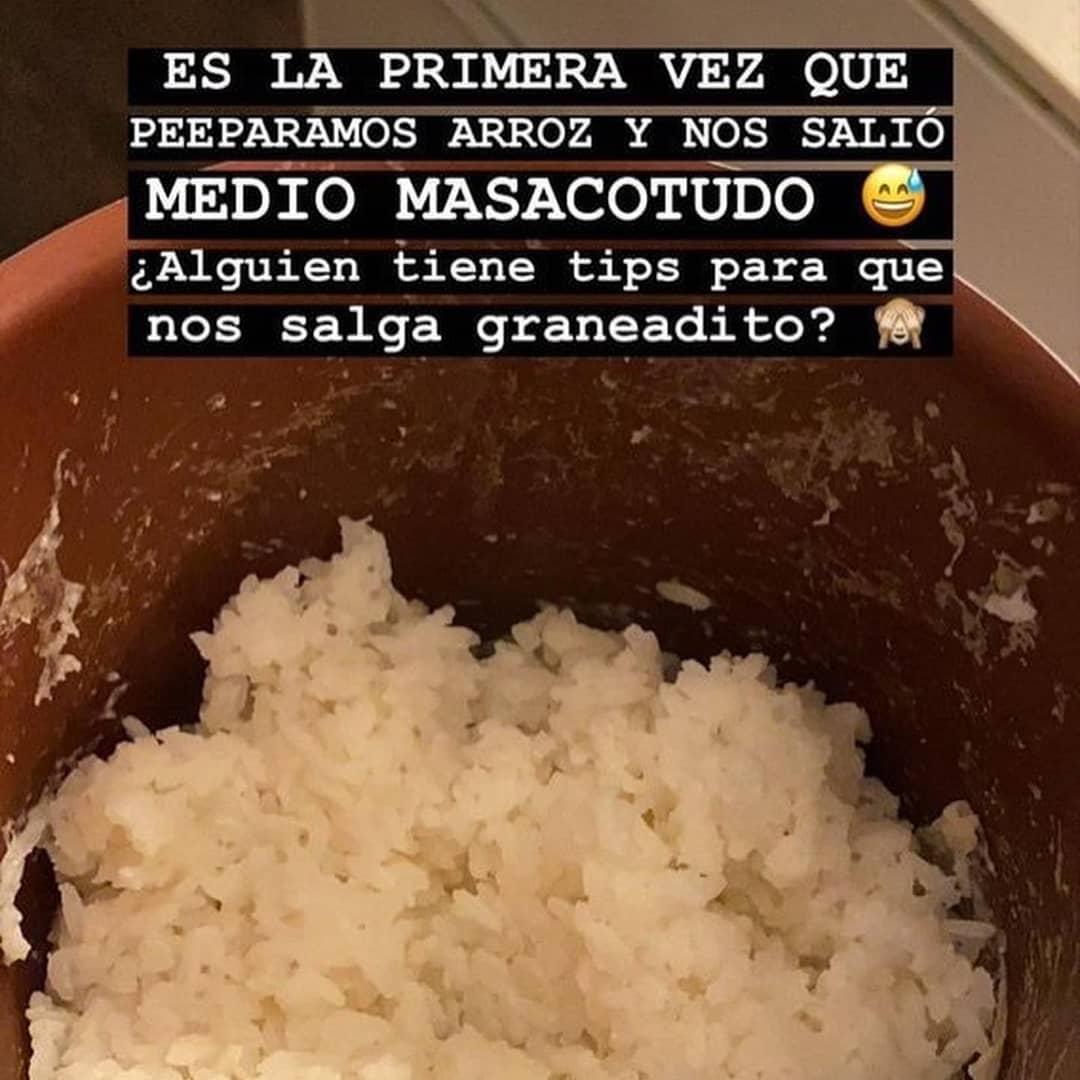 Es la primera vez que preparamos arroz y nos salió medio masacotudo. ¿Alguien tiene tips para que nos salga graneadito?