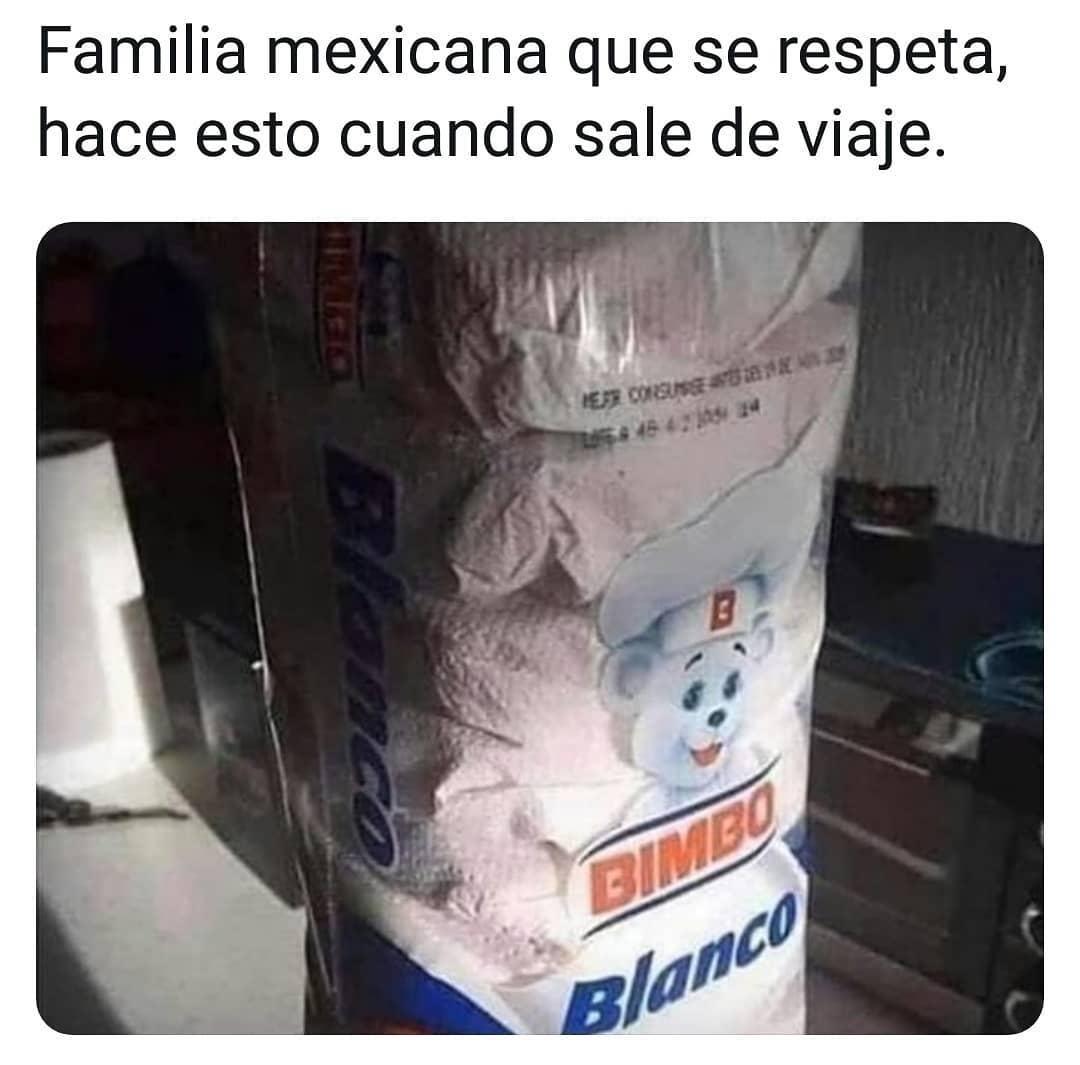 Familia mexicana que se respeta, hace esto cuando sale de viaje.