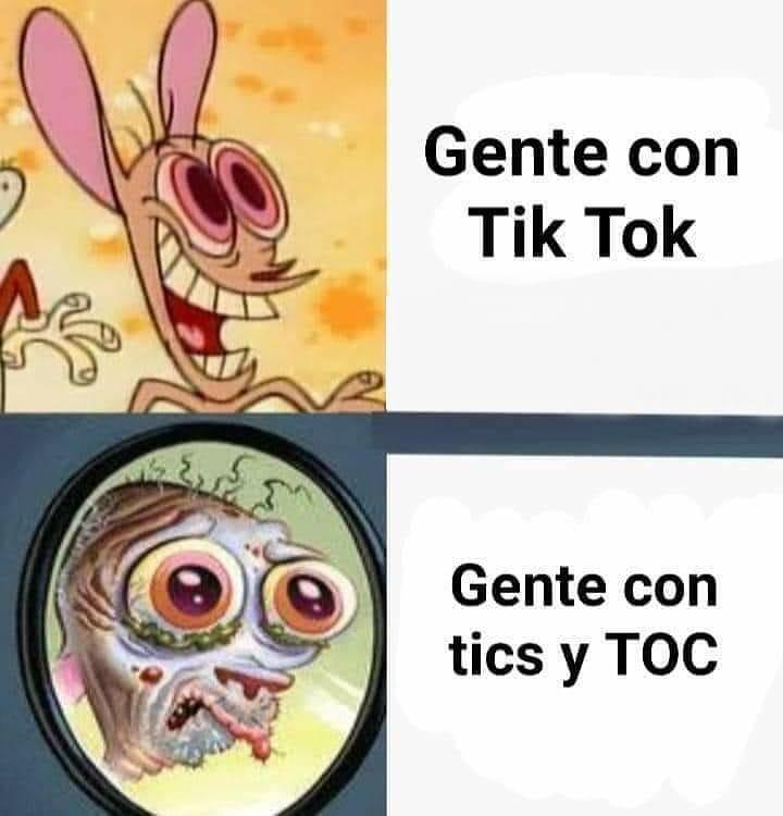 Gente con Tik Tok.  Gente con Tics y Toc.