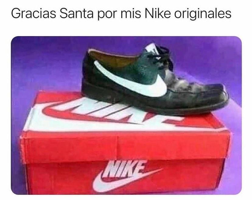 Gracias a Santa por mis Nike originales.