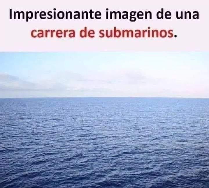 Impresionante imagen de una carrera de submarinos.