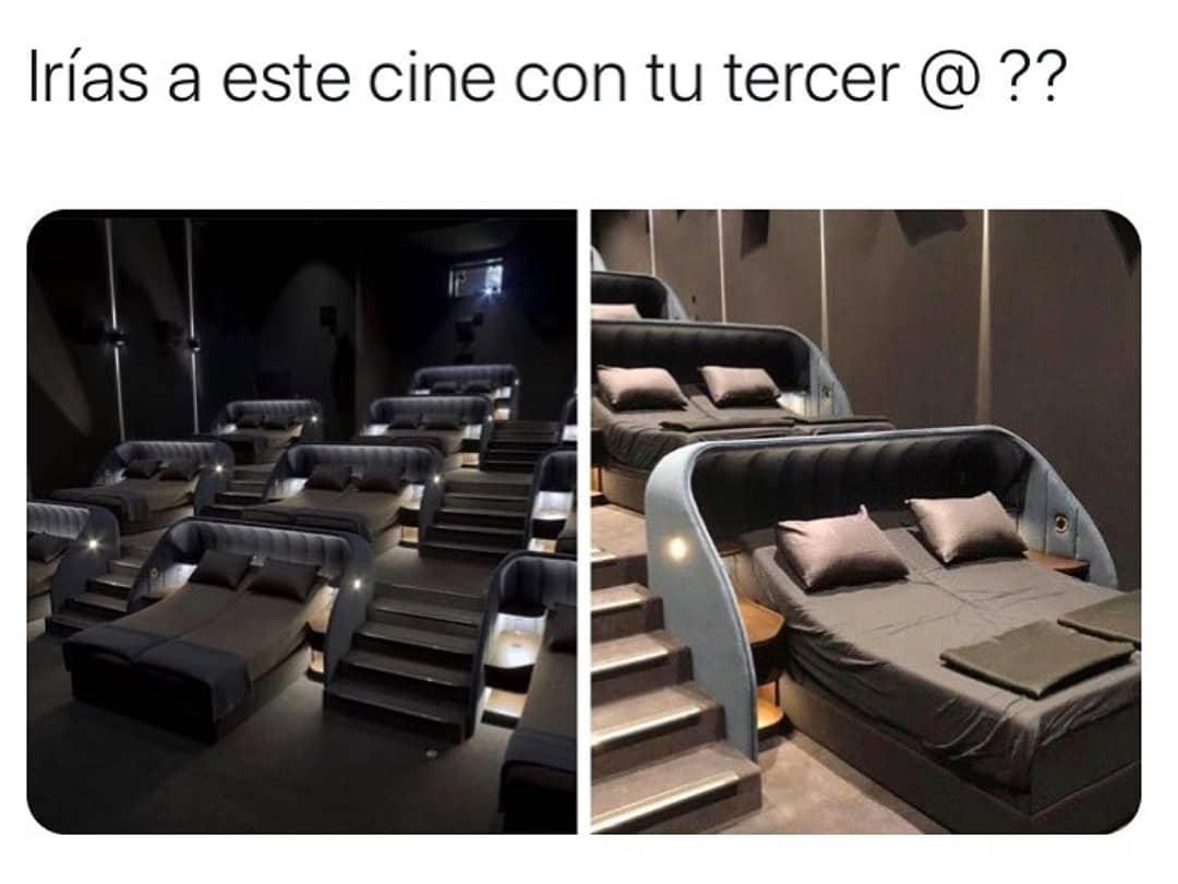 Irías a este cine con tu tercer @??