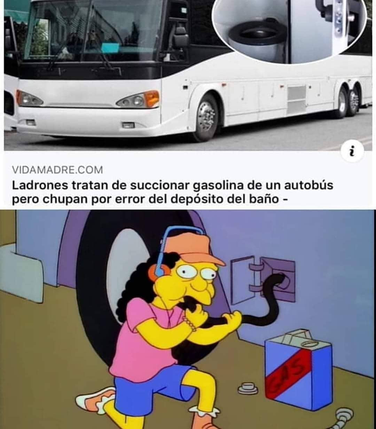 Ladrones tratan de succionar gasolina de un autobús pero chupan por error del depósito del baño.