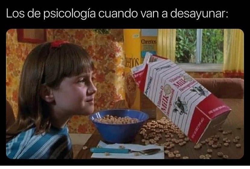 Los de psicología cuando van a desayunar: