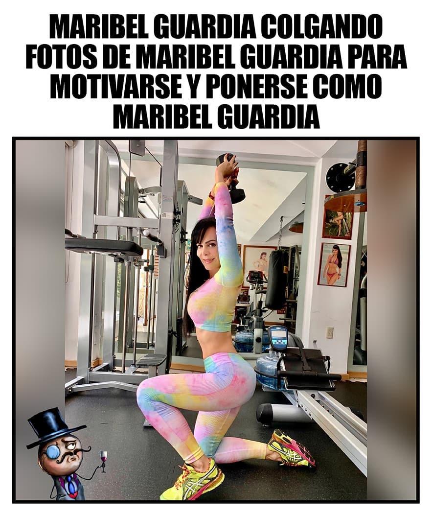 Maribel Guardia colgando fotos de Maribel Guardia para motivarse y ponerse como Maribel Guardia.