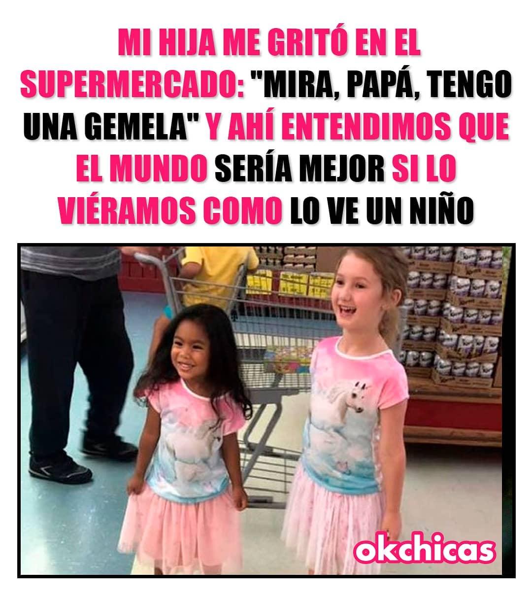 """Mi hija me gritó en el supermercado: """"Mira, papá, tengo una gemela"""". Y ahí entendimos que el mundo sería mejor si lo viéramos como lo ve un niño."""