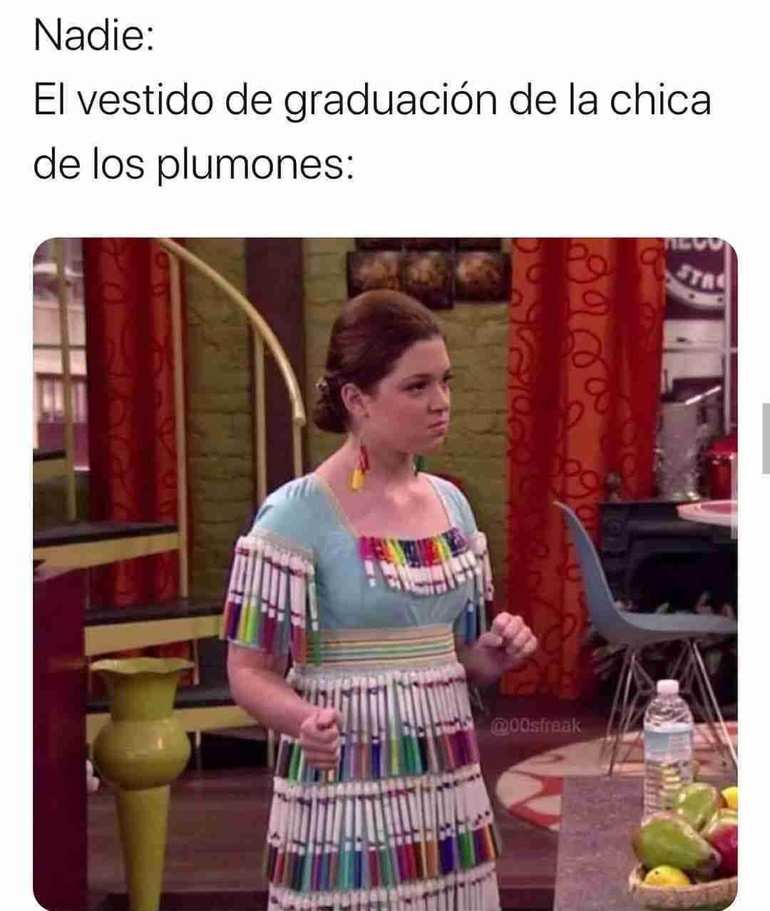 Nadie:  El vestido de graduación de la chica de los plumones: