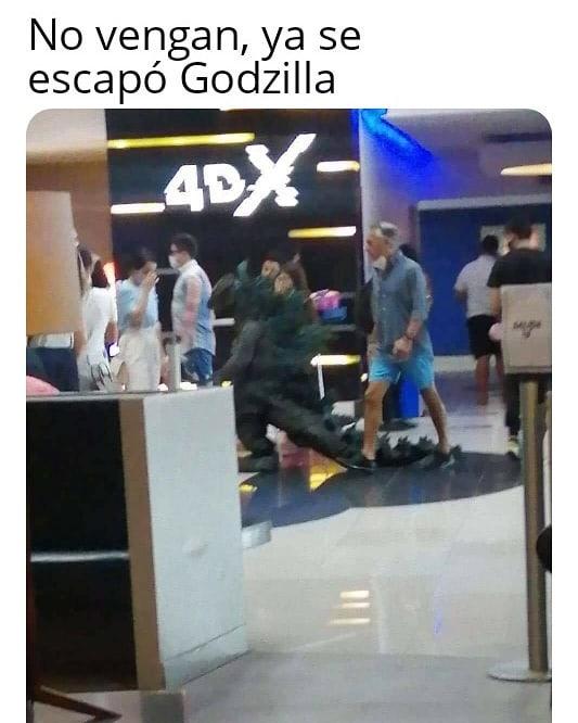 No vengan, ya se escapó Godzilla.