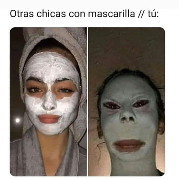 Otras chicas con mascarilla. // Tú: