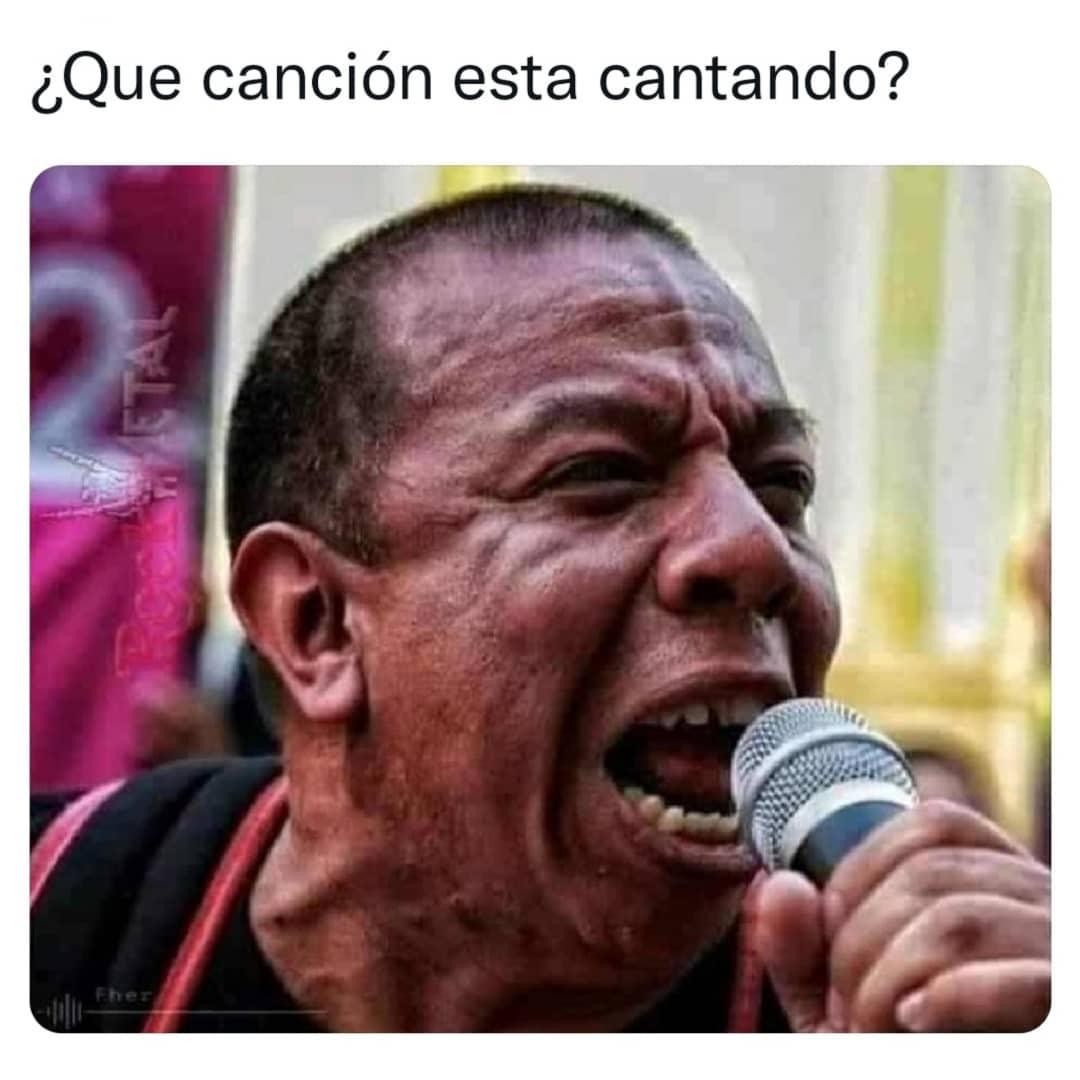 ¿Qué canción está cantando?