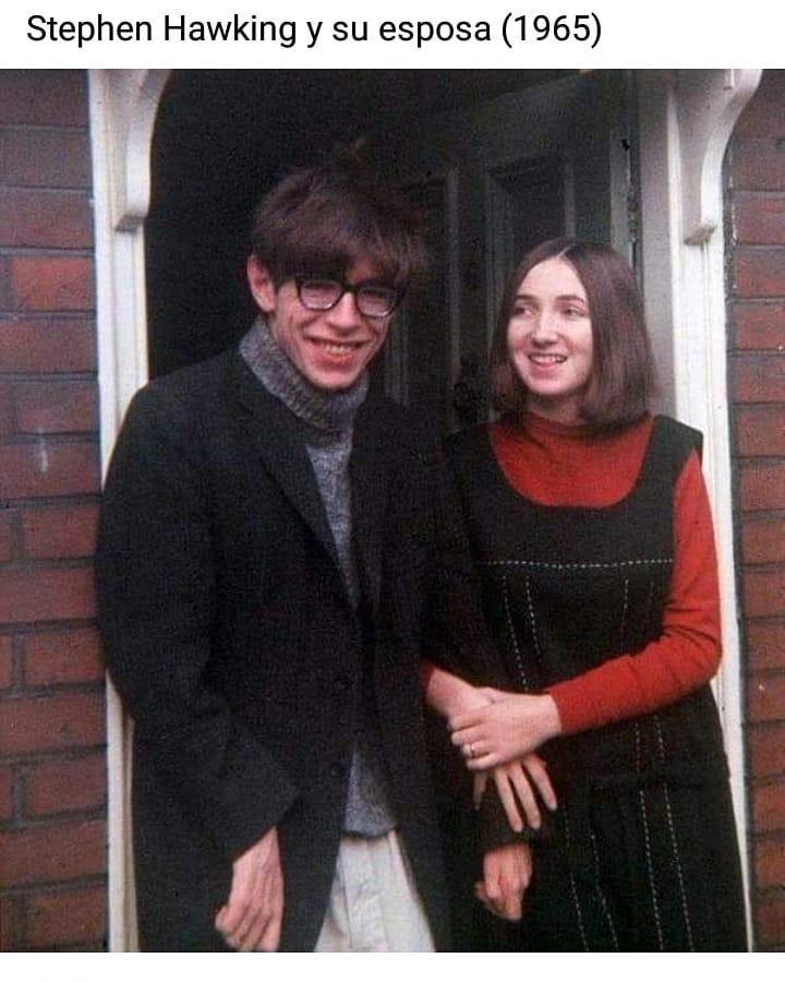 Stephen Hawking y su esposa (1965).