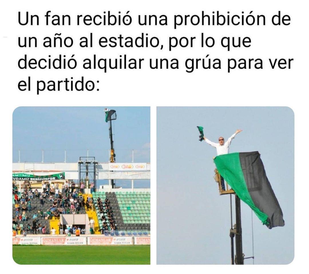 Un fan recibió una prohibición de un año al estadio, por lo que decidió alquilar una grúa para ver el partido: