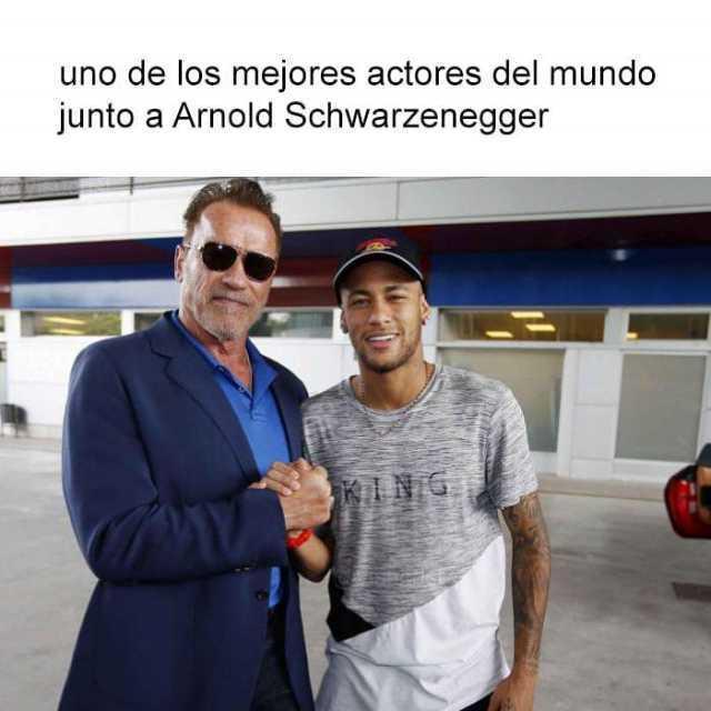 Uno de los mejores actores del mundo junto a Arnold Schwarzenegger.