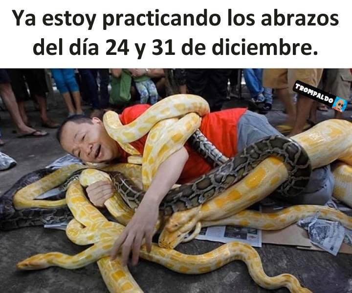 Ya estoy practicando los abrazos del día 24 y 31 de diciembre.