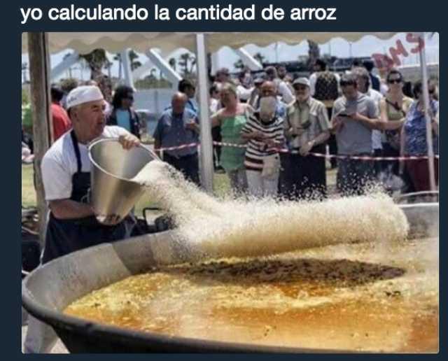 Yo calculando la cantidad de arroz.