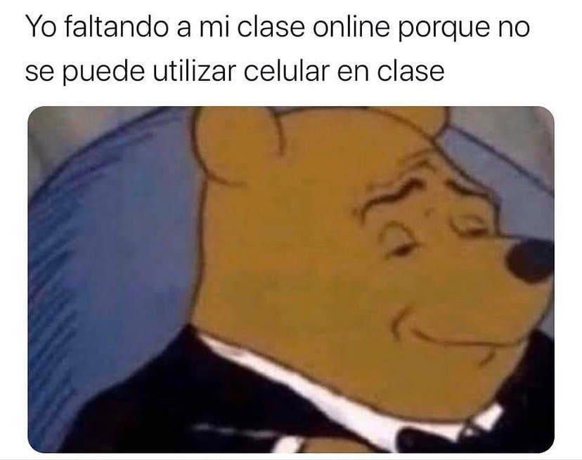 Yo faltando a mi clase online porque no se puede utilizar celular en clase.