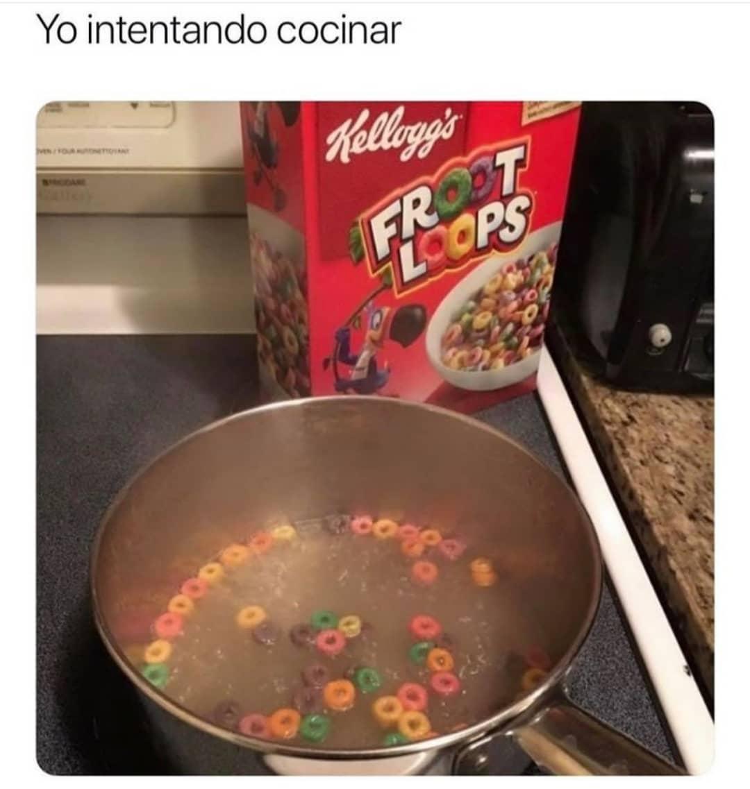 Yo intentando cocinar.
